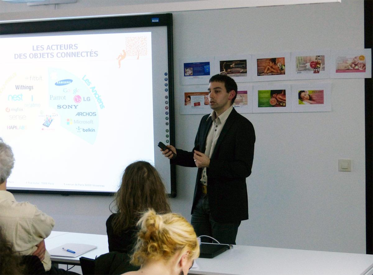 Résumé de l'événement : Les objets connectés atouts ou gadgets avec Sébastien Capella